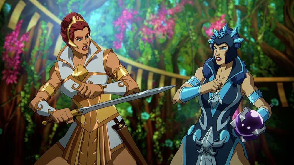 Teela and Evil-Lyn fight for power